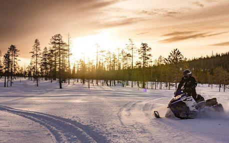 Adrenalinová jízda na zimní skútr