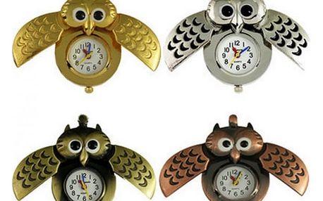 Jděte s dobou a noste sovičkové hodinky na řetízku!