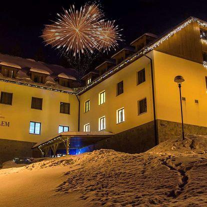 Silvestr v Hotelu Pod Kyčmolem**** v Beskydech s wellness a bohatým programem