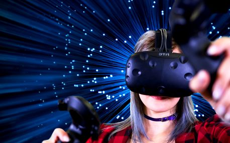 2 hodiny ve virtuální realitě až pro 15 hráčů