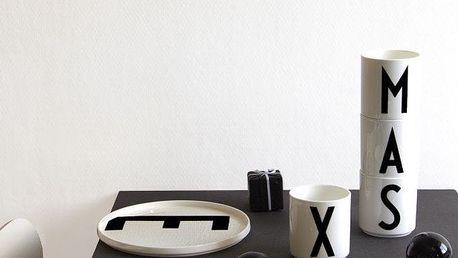 DESIGN LETTERS Porcelánový talíř Letters K, černá barva, bílá barva, porcelán
