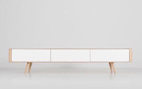 Televizní stolek z dubového dřeva Gazzda Ena, 225x42x45cm - doprava zdarma!