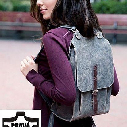 Velký kožený batoh s přezkou šedá