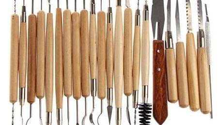 Sada 22 kusů řezbářských nástrojů