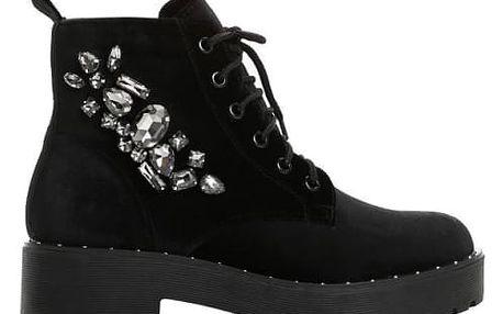 Dámské černé kotníkové boty Sylvia 8312