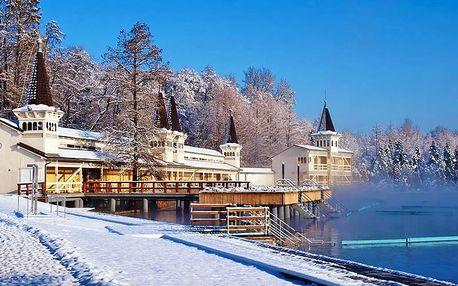 Termální jezero Hévíz v komfortním apartmánu s neomezeným vstupem do saun i se snídaní