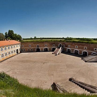 Prohlídka Terezína pro 1 osobu vč. průvodce, oběda a vstupů