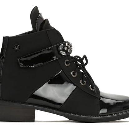 Dámské černé kotníkové boty Daffy 3117