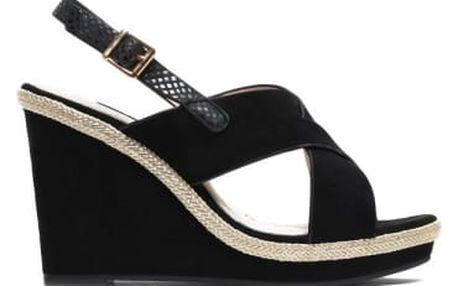Dámské černé sandály na klínku Jamala 2072