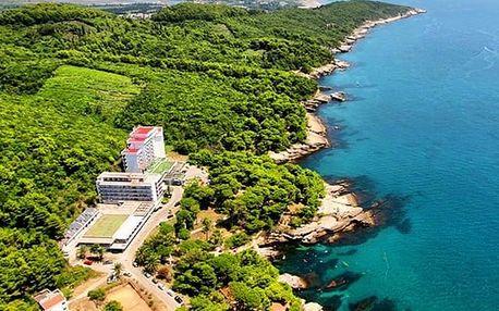 Hotel Albatros, Opravdový odpočinek v Černé Hoře: pláž, bazén a polopenze