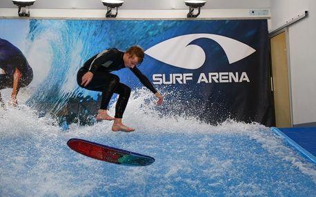 Indoor surfing v Surf Aréně - jízda na umělé vlně