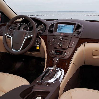 Tepování extrakční metodou či ozonové čištění interiéru vozu