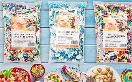 Mlsání: Půlkilové balíčky barevných minibonbonů
