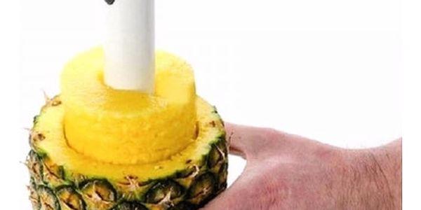 Pomůcka na přípravu ananasu