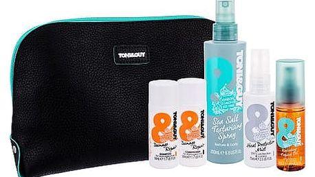 TONI&GUY Casual Sea Salt Texturising Spray pro definici a tvar vlasů dárková sada W - pro definici účesu 200 ml + olej na vlasy 50 ml + šampon 50 ml + kondicioner 50 ml + přípravek pro ochranu vlasů před teplem 75 ml + kosmetická taška