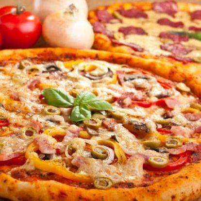 2× pizza a 2 hodiny hraní kulečníku nebo šipek v Billiard clubu
