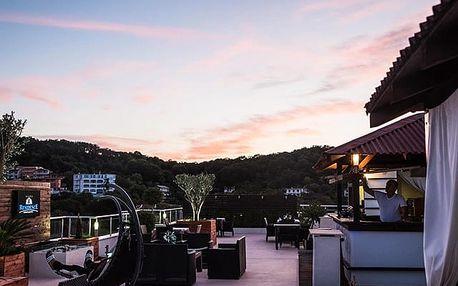 Aparthotel Residence****, 4* hotel se snídaní a střešním barem v Černé Hoře
