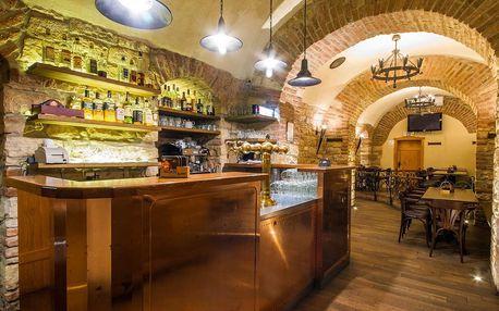 Restaurace Zubajda v Praze na Smíchově - 30% sleva na jídlo a pití