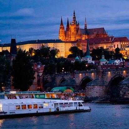 Zimní výletní plavba Prahou s občerstvením