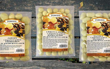 Lahůdka: Ovoce a ořechy obalené v jogurtu
