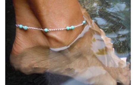 Stříbrný řetízek na nohu s tyrkysovými korálky