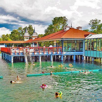 Relax u jezera zázraků: maďarský Hévíz v hotelu s neomezeným vstupem do sauny a vířivky + lahev vína na pokoji