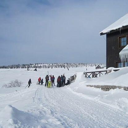 Last minute relaxační pobyt na chatě Malá Rennerovka. Domácí prostředí a sauna v ceně pobytu.