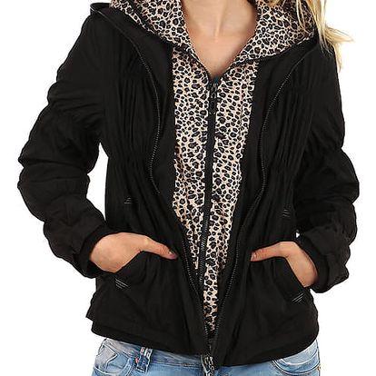 Moderní prošívaná bunda se zvířecím vzorem černá