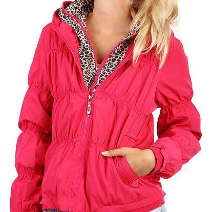 Moderní prošívaná bunda se zvířecím vzorem růžová