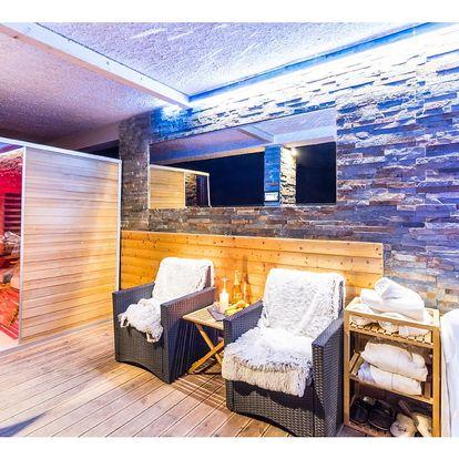 Luxusní romantický pobytový balíček se soukromým wellness a rautem