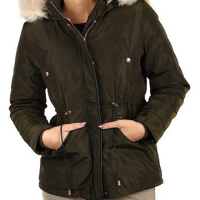Lesklá zimní bunda s kožíškem - i pro plnoštíhlé zelená