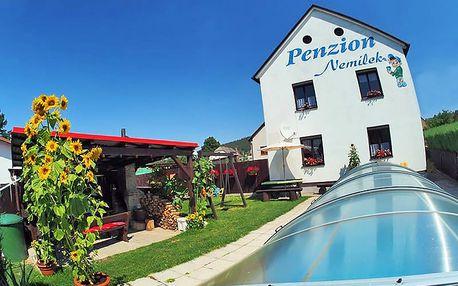 Jarní Šumava v apartmánu nedaleko Sušice se vstupem do aquaparku, půjčením elektrokoloběžek a bublinkami na uvítanou