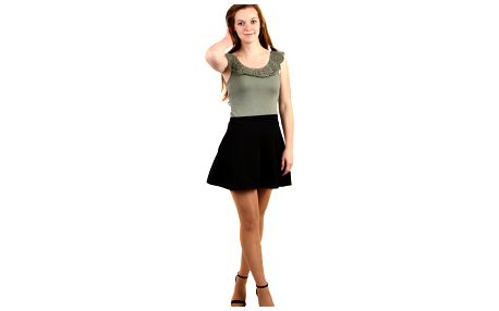 Jednobarevná krátká sukně černá