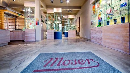 VIP Exkurze do sklárny Moser