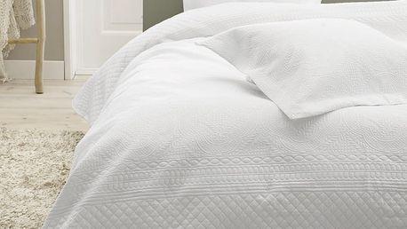 Bílý přehoz přes dvoulůžko se dvěma povlaky na polštář Sleeptime Charlene 260x250cm - doprava zdarma!