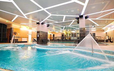 Hotel Eger****, Termální bazény, historické památky a vynikající vína v Egeru, s polopenzí a wellness