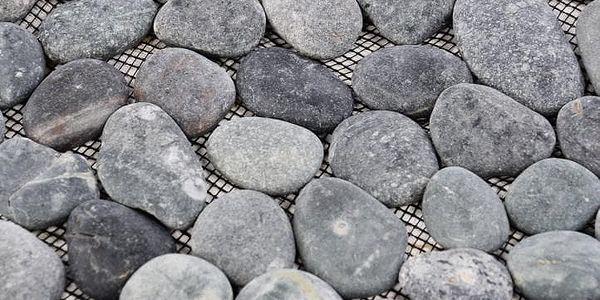 Garth Mozaika říční oblázky - šedá obklady - 1x síťka3