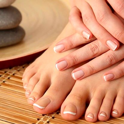 Péče o nehty: Manikúra P-shine a SPA pedikúra
