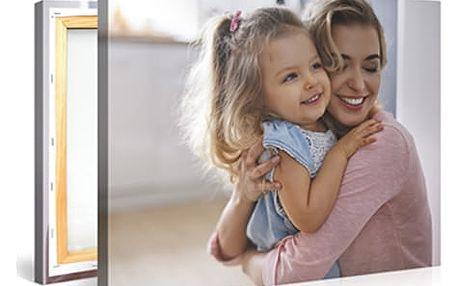 Fotoplátno na dřevěném rámu z Vašich fotografií. Originální dekorace, na výběr z více rozměrů.
