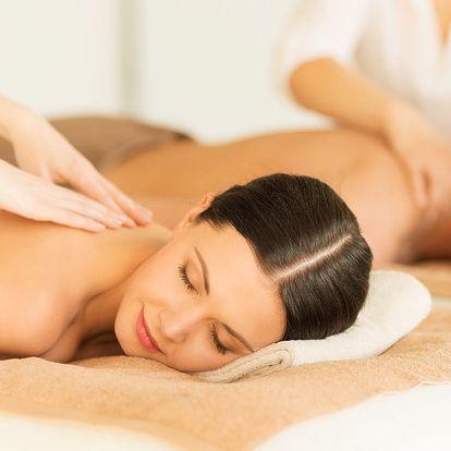 Luxus pro dva: partnerská masáž v salonu Elite