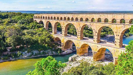 Srpen v Provence s dopravou a třemi noclehy