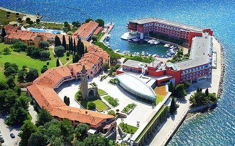Hotel Histrion****, 4* rodinný resort s bazény nedaleko historického Piranu