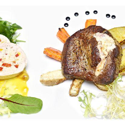 Kuřecí galantina, královský biftek a dezert