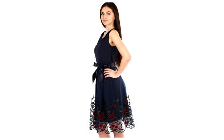Áčkové večerní šaty s vyšívanou sukní z tylu tmavě modrá