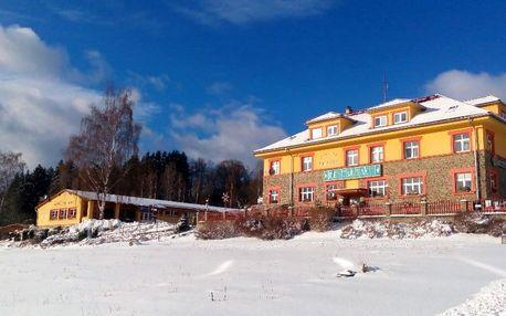 Na Lipno: s polopenzí, saunou a lyžováním
