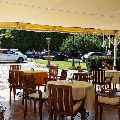 Romantika v Bratislavě 2-3 dny pro dva v 4* zámeckém hotelu