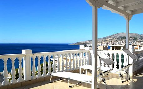 Sejdi Apartments, Léto v oblíbené Sarandě s apartmánem přímo u moře