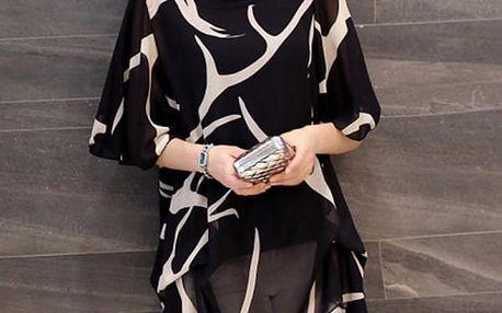 Elegantní halenka s volnými rukávy