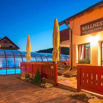 Wellness u Bešeňové: polopenze, sauny a jacuzzi
