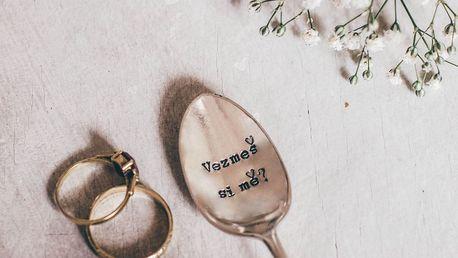 La de da! Living Postříbřená čajová lžička Vezmeš si mě?, stříbrná barva, kov